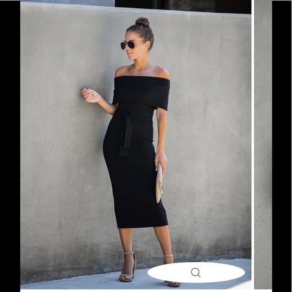 VICI Top Secret Ribbed Off The Shoulder Dress